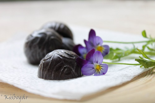 violet-blueberry chocolates