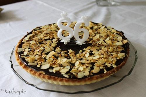 Kardamomos étcsokis torta