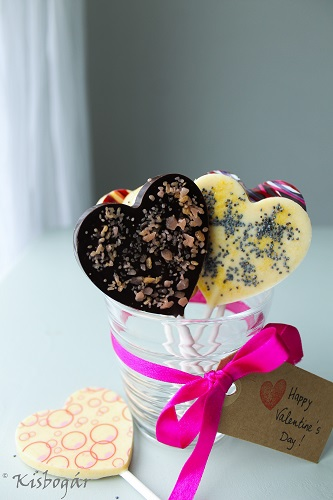 heart choc lollies